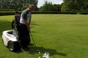 Leon Kneepkens' eerste les met de ParaGolfer® op golfcentrum De Batouwe