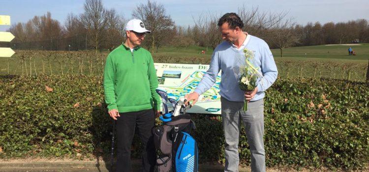 Golfset voor Leon Kneepkens